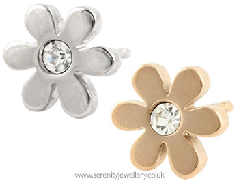 b13530ce2 Hypoallergenic surgical steel daisy flower with crystal stud ...